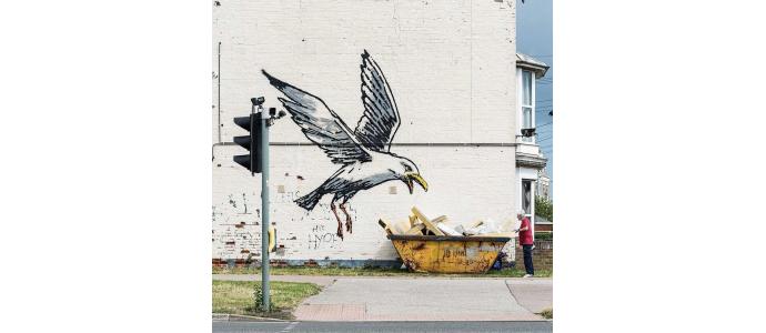 Street artist during Summer